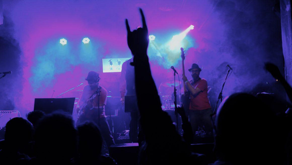 IGUALADA 28/08 – KARAOKESBAND + IRC festival